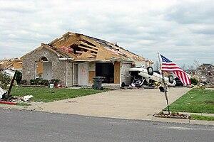 Tornado outbreak of April 6–8, 2006 - Image: Gallatintornado 3