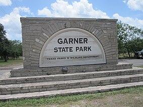 Garner State Park sign IMG 4289.JPG