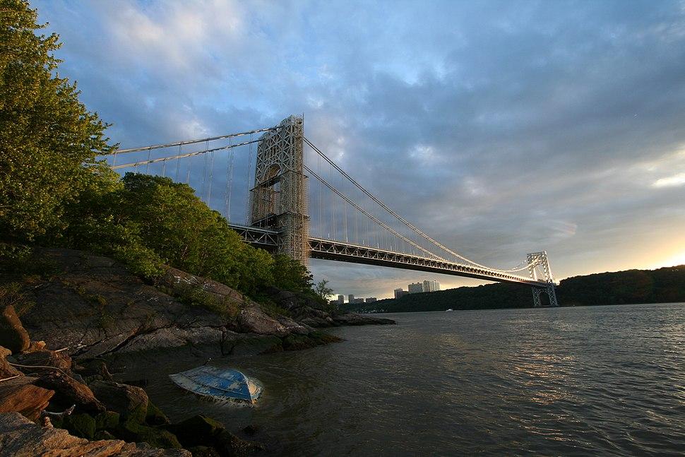 George Washington Bridge NYC full span from Hudson
