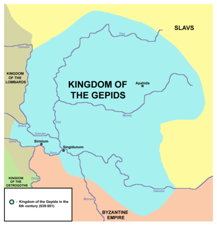 Territories held by the Gepids in the middle of the 6th century and the bordering powers. On the south stands the Byzantine Empire, while to the west are the Lombards. Gepid kingdom 6th century.png