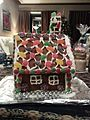 Gingerbread house 2 (20102527818).jpg