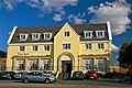 Glassagh - Teac Jack's Hotel on a sunny day - geograph.org.uk - 1179886.jpg