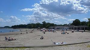 Glen Island Park - Image: Glen Island beach jeh