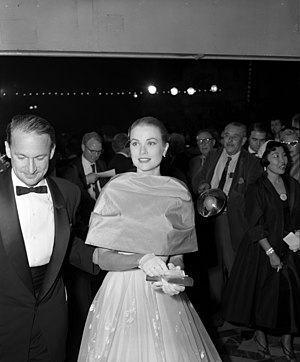 Actress Grace Kelly arriving at the 28th annua...