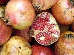 256px Granadas   Pomegranates - GRANAATAPPEL, GROENE THEE, KURKUMA EN BROCCOLI KUNNEN HELPEN BIJ HET BESTRIJDEN VAN PROSTAATKANKER