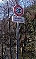 Grandris - Panneau 20 kmh (mars 2018).jpg