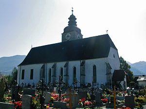 Großraming - Image: Großraming Pfarrkirche Kirchenplatz (01)