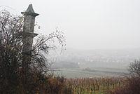GuentherZ 2011-12-03 0015 Retz Kreuzsaeule am Galgenberg.jpg