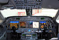 Gulfstream G550 flight deck.jpg