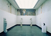 """Gustav Klimt - Beethovenfries, """"Die Sehnsucht nach dem Glück"""" (nach Richard Wagners Interpretation der IX. Sinfonie von Ludwig van Beethoven) - 5987 - Österreichische Galerie Belvedere.jpg"""