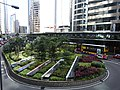 HK Central 中環 Connaught Road roundabout n Central footbridge May-2012.JPG