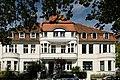 Haeuser Meliesallee 12 bis 16 in Duesseldorf-Benrath, von Sueden.jpg