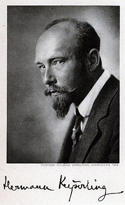 Hermann Graf Keyserling 1919. Foto von Richard Wörsching.jpg