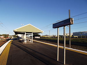 Holmview Railway Station, Queensland, July 2012.JPG