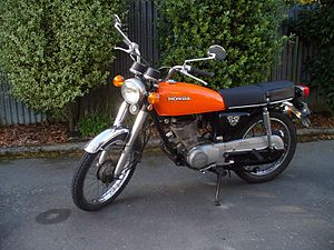 Honda CG125 orange.jpg