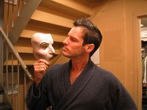 Hugh Panaro - Hugh Panaro, September 10, 2005, with the Phantom of the Opera mask.