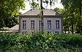 Huis Duckenburg , een in 1730 gebouwde oranjerie, die door Willem van Schuylenburg werd verbouwd tot woonhuis. Lankforst Nijmegen.jpg