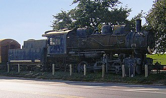 Baton Rouge station - Illinois Central's 333 steam engine at the Yazoo and Mississippi Valley Railroad Company Depot