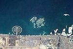 ISS-37 Man-made archipelagos near Dubai.jpg