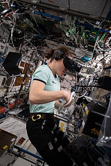 067626ec675b Applications of virtual reality. From Wikipedia ...