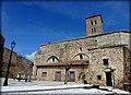 Iglesia de Santa María del Castillo situada dentro del recinto amurallado.JPG
