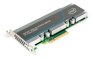 PCI Express - Intel P3608 NVMe flash SSD, PCI-E add-in card
