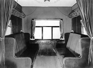 Interior passengers cabin of the airship Los Angeles.jpg