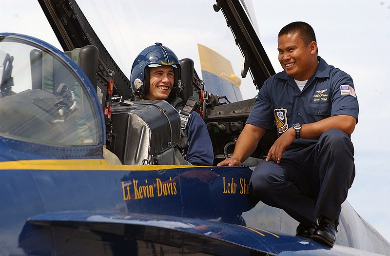 File:James Franco Blue Angels.jpg