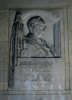 James Gamble Rogers - A tribute to Rogers in the Memorial Quadrangle, Lee Lawrie, sculptor