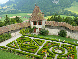 Gruyères Castle - The French garden behind the château