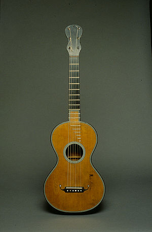 Romantic guitar - Early Romantic guitar (ca.1830, Paris) by Jean-Nicolas Grobert (1794-1869)