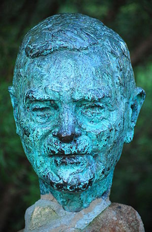 John Burton Cleland - Bust of Sir John Burton Cleland in Cleland Wildlife Park