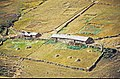 Kümbet Yaylası 09 1984 typisches Yayla-Gehöft auf dem Kümbet-Plateau.jpg
