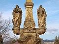Kříž se sousoším Kalvárie v Horní Libině u kostela (Q72739691) 02.jpg