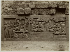 KITLV 27980 - Kassian Céphas - Relief of the hidden base of Borobudur - 1890-1891.tif