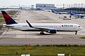 Kansai International Airport(KIX-RJBB) (8112500035).jpg