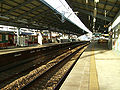 Keikyu-railway-main-line-Keikyu-tsurumi-station-platform.jpg