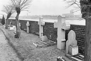 Kerkhof vanwege oude grafkruisen