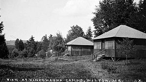 English: A view of the cabins at Kineowatha Ca...