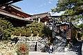 Kiyomizu-dera 2011-04 (5749267206).jpg