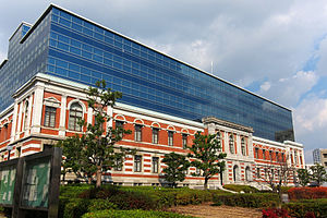 Kobe-District-Court01-r.JPG