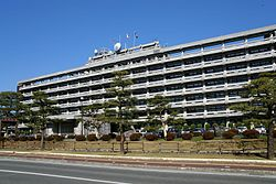 Kochi prefectural office building03s3872.jpg