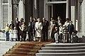 Koninginnedag 1979, defile Soestdijk Koninklijke Familie op bordes, Bestanddeelnr 253-8108.jpg
