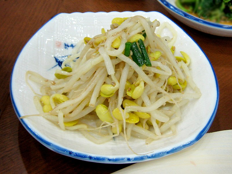 800px-Korean.cuisine-Kongnamul-01.jpg