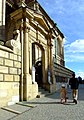 Krakov, Stare Miasto, Wawel, vstupní brána do katedrály.JPG
