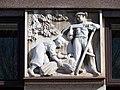 Kralupy nad Vltavou, Husova 579, reliéf zemědělců.jpg