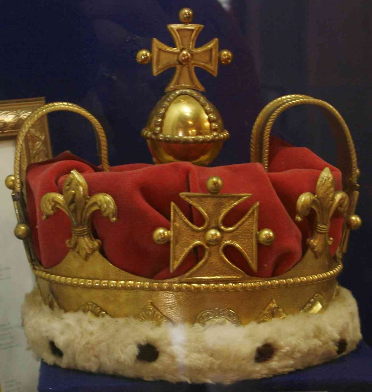 Krone friedrich ludwigs prince of wales wikipedia for Englisch krone