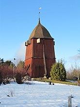 Fil:Kungsängens kyrka ext2.jpg