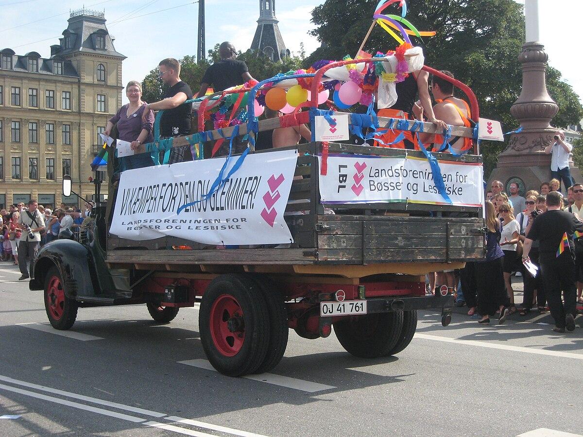 asociación de gays y lesbianas de lavapies