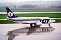 LOT Polish Airlines Boeing 737-500; SP-LKC@ZRH;11.04.1996 (4992493395).jpg